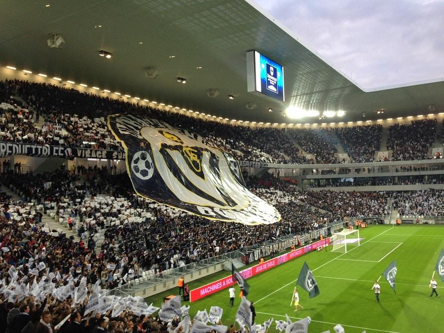 Ecran exterieur led du stade Bordeaux