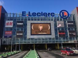 Écran LED exterieur facade centre commercial leclerc Toulouse